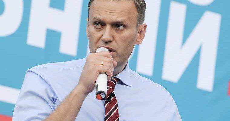 Алексей Навальный отравление лечение Омск чай самолет лечение Европа