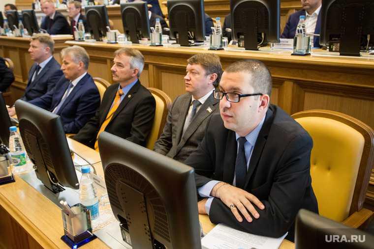 депутат Винников вышел из фракции