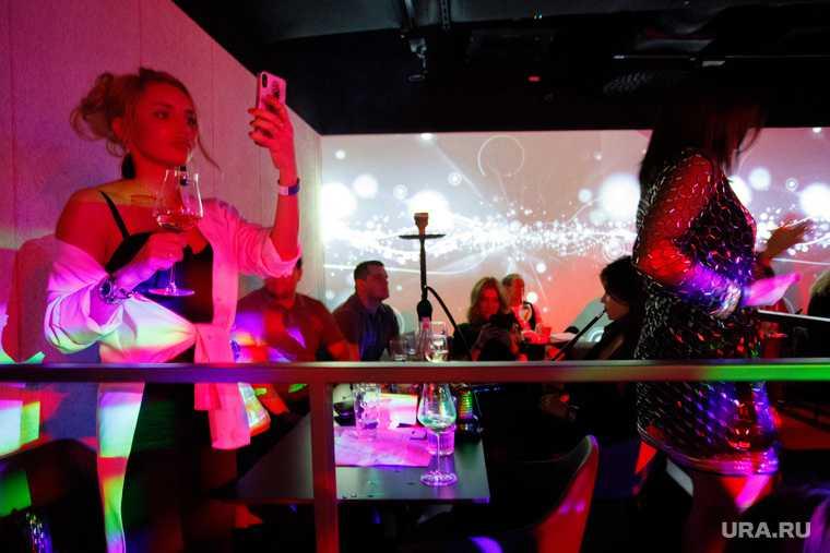 Ограничения в москве ночные клубы эротическое шоу нарезка