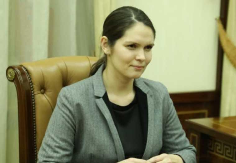 куратор СМИ правительство ЯНАО Надежда Белова