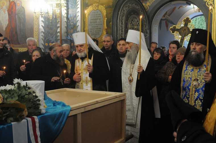 Челябинск митрополит Иов Украина похоронили патриарх Кирилл